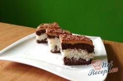 Příprava receptu Kokosové řezy s karamelovou polevou, krok 2