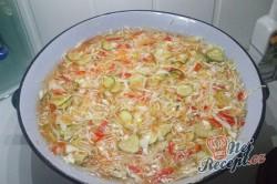 Příprava receptu Čalamáda moc dobrá - s okurkou, paprikou, zelím a mrkví, krok 3