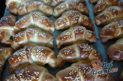 Příprava receptu Tvarohové croissanty pečené s máslem, krok 3