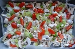 Příprava receptu Kuře v medové marinádě pečené na zelenině, krok 2