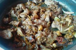 Příprava receptu Opilé krůtí játra s bramborovými pusinkami, krok 9