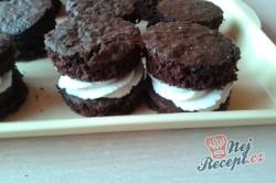 Příprava receptu Čokoládově tvarohové dortíky se šlehačkou, krok 6