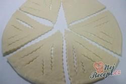 Příprava receptu Jablečné šátečky z kynutého těsta, krok 5
