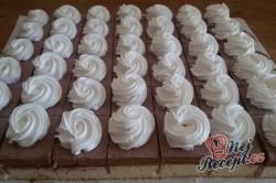 Příprava receptu Fantastické krémové kostky se šlehačkou, krok 1