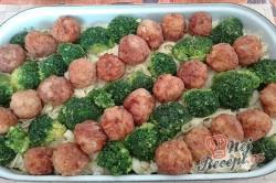 Příprava receptu Tagliattele s masovými kuličkami a brokolicí, krok 1