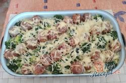 Příprava receptu Tagliattele s masovými kuličkami a brokolicí, krok 4