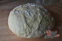 Příprava receptu Turecké koláče z kynutého těsta plněné oříšky, krok 4