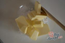 Příprava receptu Vanilková kolečka lepená marmeládou, krok 2