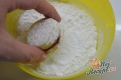 Příprava receptu Vanilková kolečka lepená marmeládou, krok 7