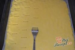 Příprava receptu Jablečný koláč se sněhovou peřinkou, krok 5