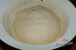 Příprava receptu Dvoubarevné výborné croissanty, krok 1