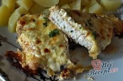 Příprava receptu Zapečená kuřecí prsa se zakysanou smetanou a sýrem, krok 4