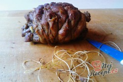 Příprava receptu Pečené rolované beraní stehno s tymiánem - FOTOPOSTUP, krok 10