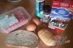 Příprava receptu Extrémně šťavnaté karbanátky s kožíškem, krok 1