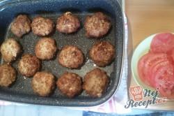 Příprava receptu Extrémně šťavnaté karbanátky s kožíškem, krok 6