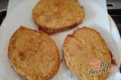 Příprava receptu Smažený knedlíček ve vajíčku, krok 4