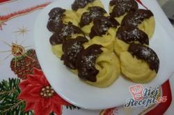 Příprava receptu Stříkané kokosové věnečky, krok 3
