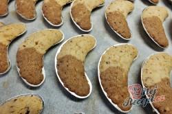 Příprava receptu Dvoubarevné sádlové rohlíčky, krok 5