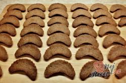 Příprava receptu Čokoládové vánoční rohlíčky, krok 4