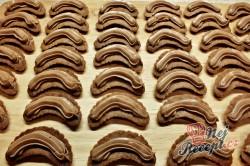 Příprava receptu Čokoládové vánoční rohlíčky, krok 5