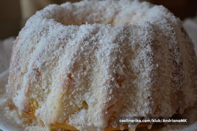 Recept Senzační RAFFAELLO bábovka s vanilkovým krémem