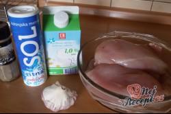 Příprava receptu Jemná marináda na kuřecí prsa z kefíru a s jemnou česnekovou chutí, krok 1