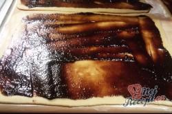 Příprava receptu Perníkový závin s kandovaným ovocem a ořechy, krok 2