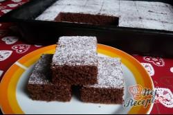 Příprava receptu Litý perník posypaný moučkovým cukrem, krok 11