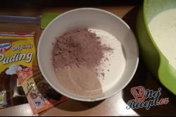 Příprava receptu Litý perník posypaný moučkovým cukrem, krok 4