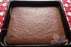Příprava receptu Litý perník posypaný moučkovým cukrem, krok 9