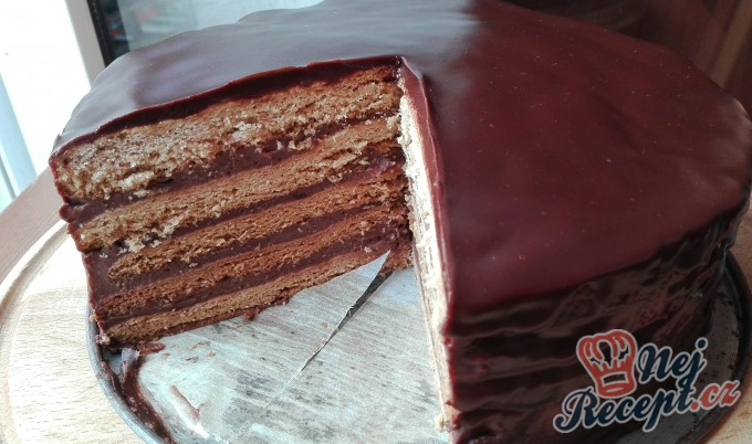 Recept Nejlepší medový dort politý čokoládou