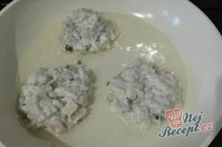 Příprava receptu Kuřecí jogurtové karbanátky se sýrem, krok 4