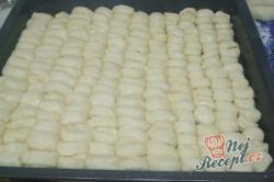 Příprava receptu Dukátové buchtičky se žloutkově vanilkovým krémem, krok 3