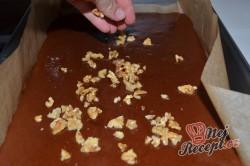 Příprava receptu Americký ořechový koláček, který chuťově překoná všechny obyčejné buchty, krok 5