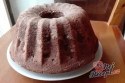 Příprava receptu Kakaová hrníčková bábovka s višněmi, krok 2