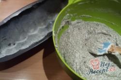 Příprava receptu Makový hrníčkový koláč v starodávné kameninové formě, krok 7