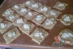 Příprava receptu Plněné moravské koláče s pořádnou dávkou povidel, krok 9