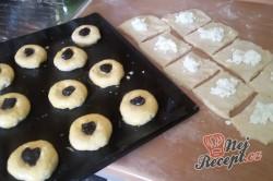 Příprava receptu Plněné moravské koláče s pořádnou dávkou povidel, krok 10