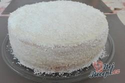 Příprava receptu Kokosový dort s Rafaello kuličkami - FOTOPOSTUP, krok 9