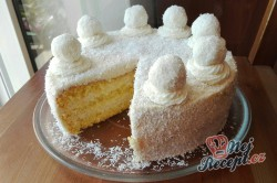 Příprava receptu Kokosový dort s Rafaello kuličkami - FOTOPOSTUP, krok 11