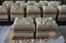 Příprava receptu Jahodové řezy s vanilkovým krémem, krok 1
