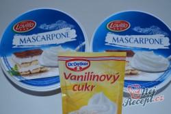 Příprava receptu Křehká kokosová roláda s mascarpone krémem, krok 4