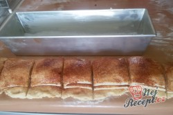 Příprava receptu Skořicový trhanec v hranaté formě - luxusní porkm namísto pizzy k večernímu filmu, krok 8