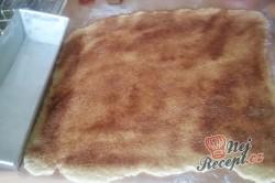 Příprava receptu Skořicový trhanec v hranaté formě - luxusní porkm namísto pizzy k večernímu filmu, krok 6