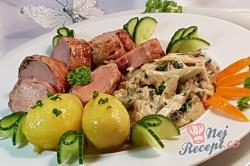 Příprava receptu Vepřová panenka v slaninovo-bylinkovo-hořčičném kabátě a ragú z hlívy ústřičné, krok 1