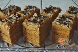 Příprava receptu Narozeninový medovník s karamelovým Salkem, krok 4