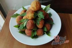 Příprava receptu Bramborové kuličky - zajímavá příloha nebo i hlavní jídlo, krok 1
