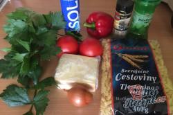 Příprava receptu Těstovinový salát se sýrem čedar, krok 2