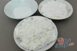 Příprava receptu Jahodová pochoutka s tvarohem, krok 3