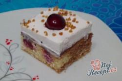 Příprava receptu Třešňový koláč s bohatou vrstvou šlehačky, krok 5